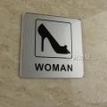 Spot-signalisation-acrylique-salle-de-bains-wc-masculins-et-f&eacute